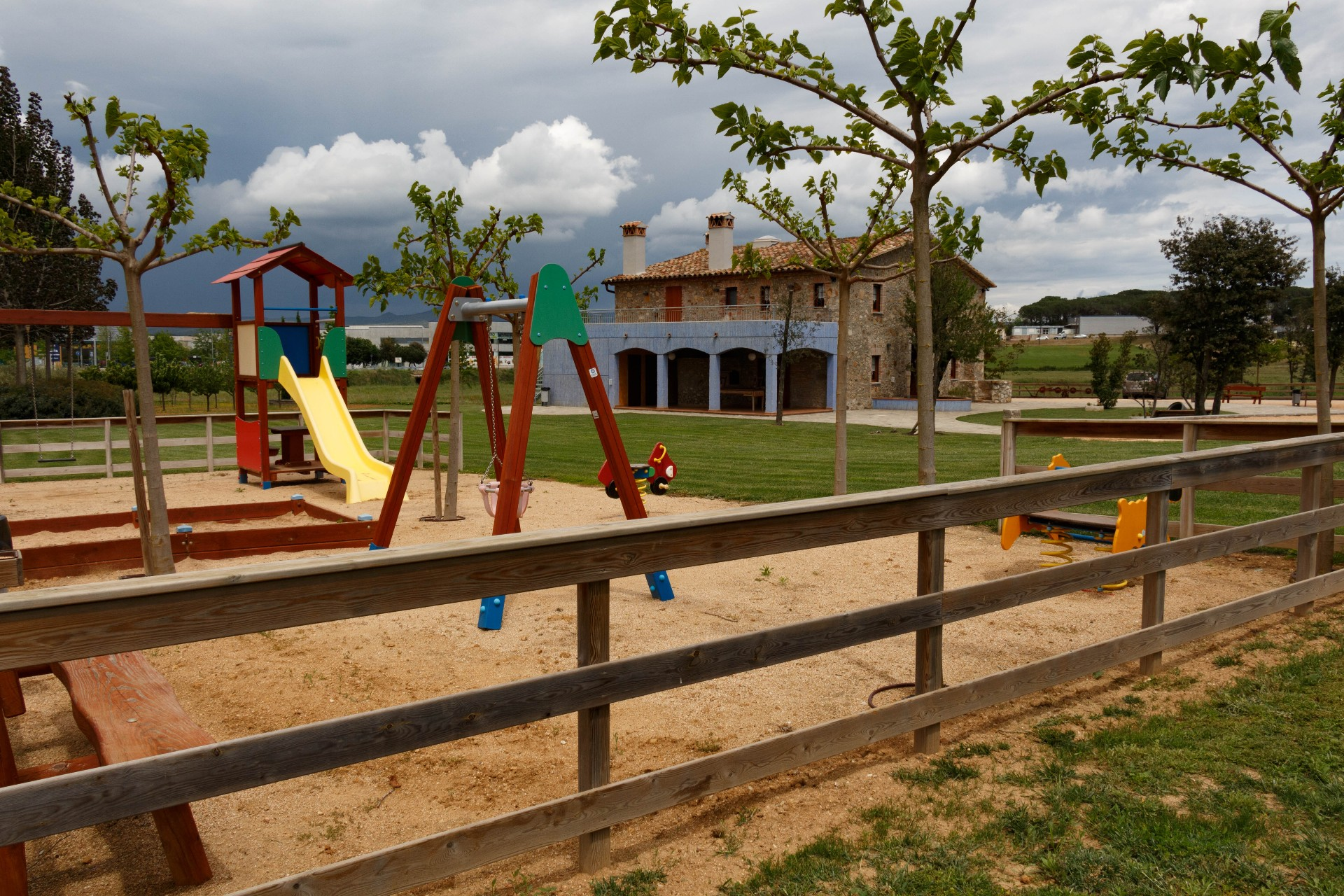 parc infantil can cateura